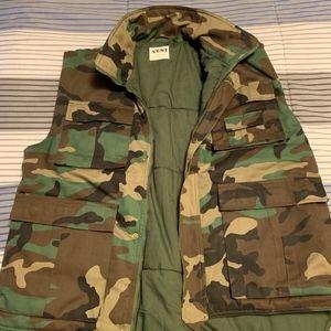 Vest. Army Style XL